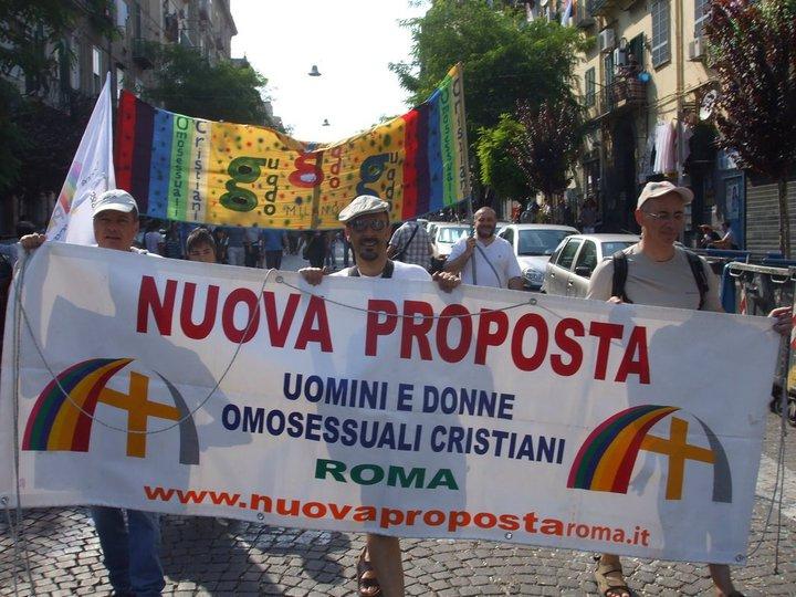 Le parole del Papa e la «sofferenza» dei gay cristiani