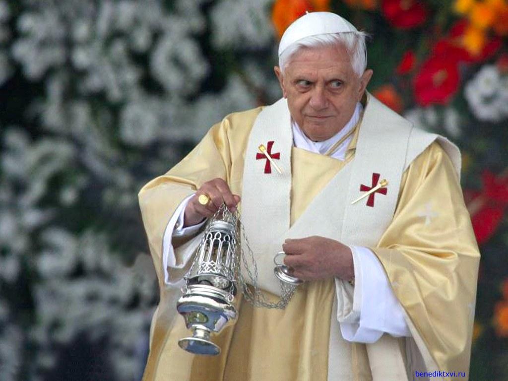 """Per il Papa il condom è giustificabile solo per i """"prostituti"""""""