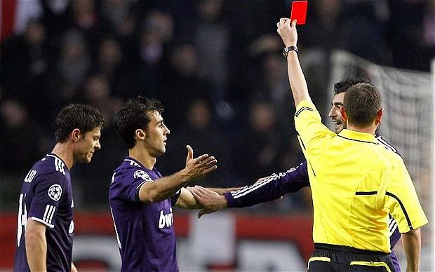 Mourinho sotto inchiesta: nel calcio la legge è uguale per tutti