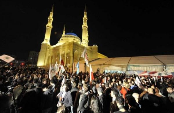 Obama pressa Ahmadinejad. Il nucleare passa dal Libano
