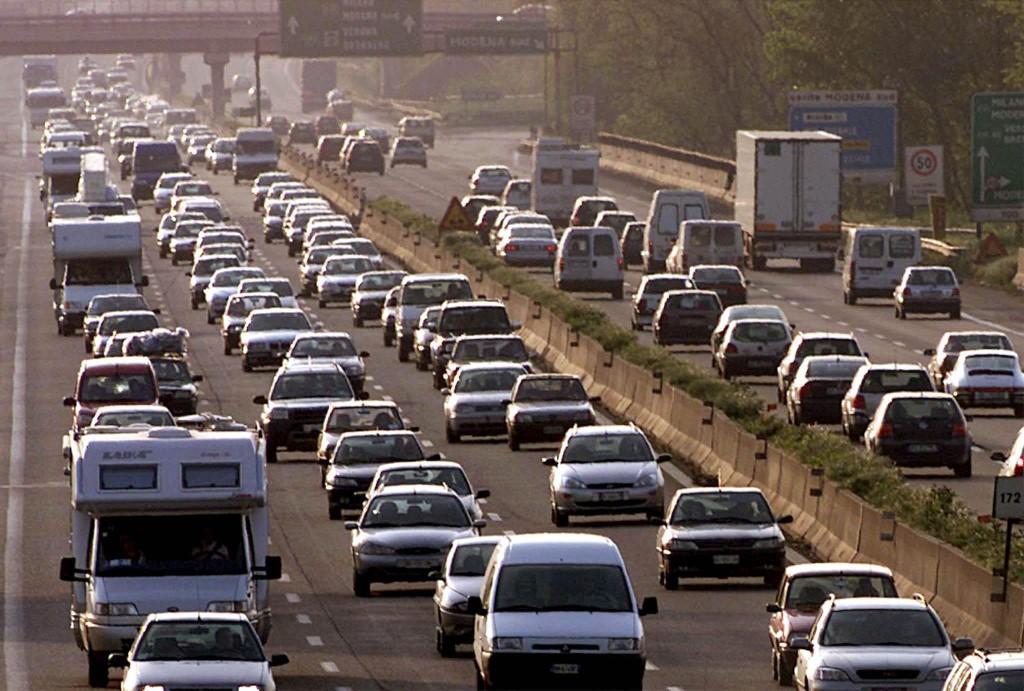 Autostrade, aumentano i pedaggi e crescono i disagi