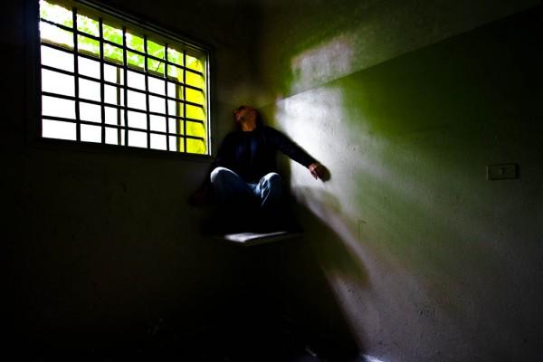"""Espulsi """"per errore""""e incarcerati in Algeria, due marocchini costretti a tornare nel Cie"""