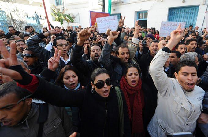 """Tunisia, il racconto di Mohamed: """"Abbiamo sconfitto la dittatura grazie ai social network"""""""