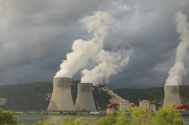 Prodi, i dubbi atomici e lo «spot subliminale»
