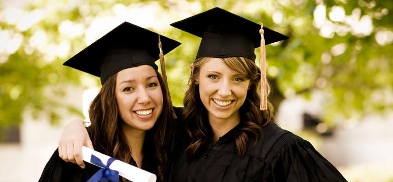 """Università, crollano le immatricolazioni. """"La laurea non serve più"""""""