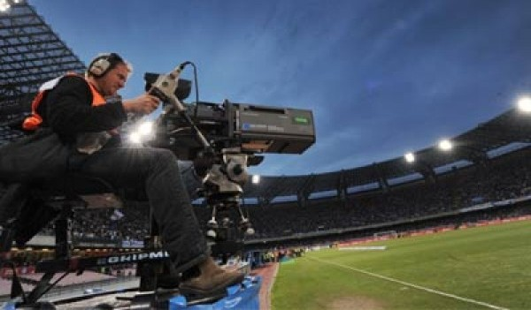 Calcio: fallisce Dahlia Tv. Ennesimo caso di conflitto di interessi?