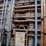 LAQUILA0001 21 150x150 A piedi nella Zona Rossa dellAquila, istantanee da una città fantasma   Photogallery
