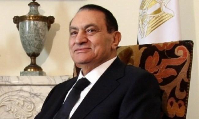 Mubarak rimane ma cede i poteri. Quale futuro per l'Egitto?