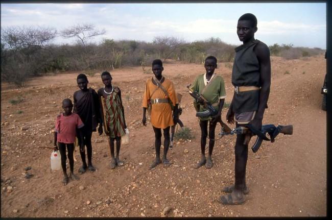 L'esercito dei baby-soldati, mandati a morire a 14 anni