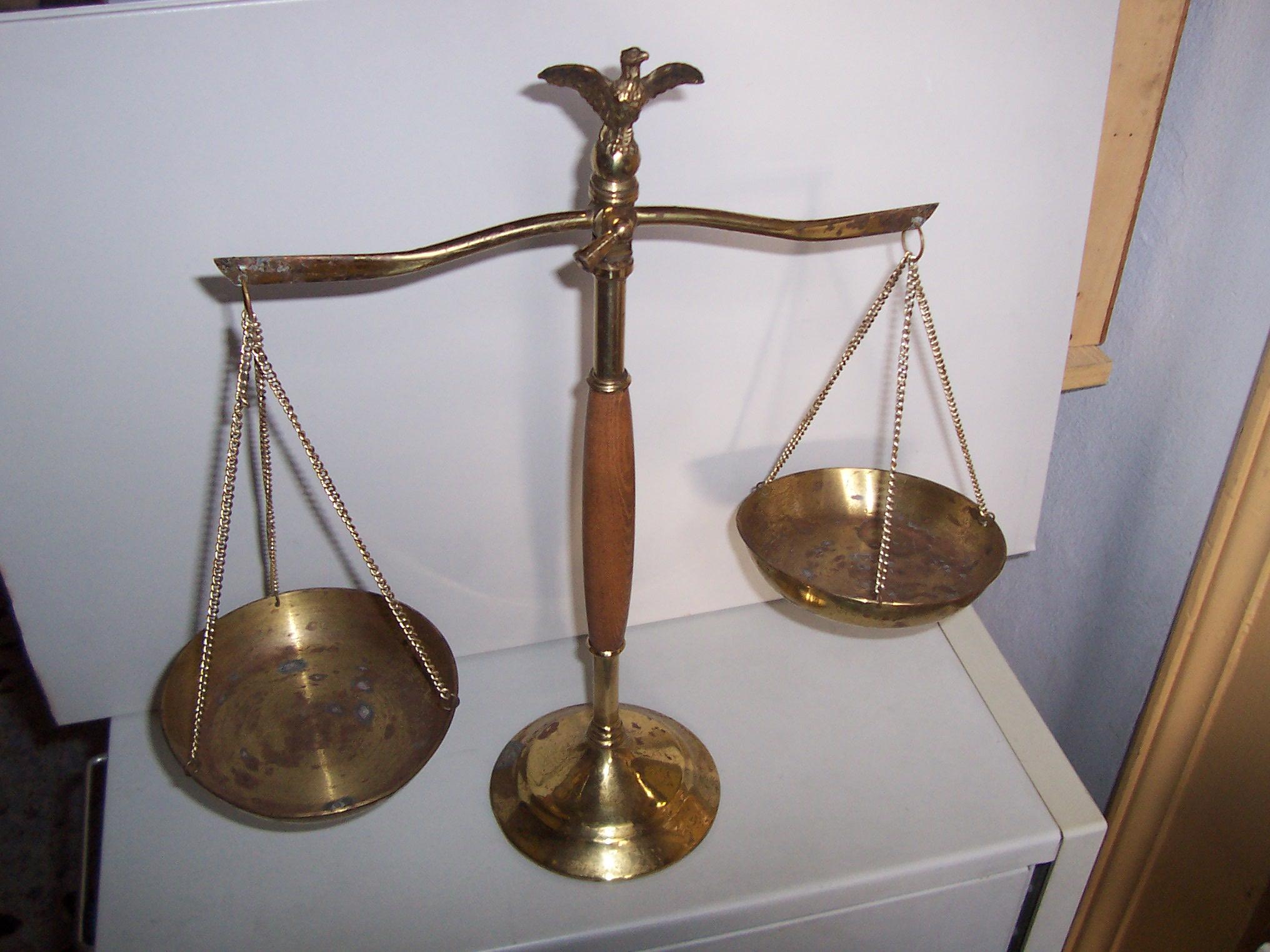 L'editoriale – Riforma della giustizia: il bastone e la carota
