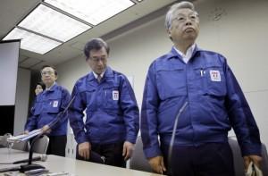 dirigenti tepco 300x197 Fukushima, Tepco falsificò per anni i controlli di sicurezza