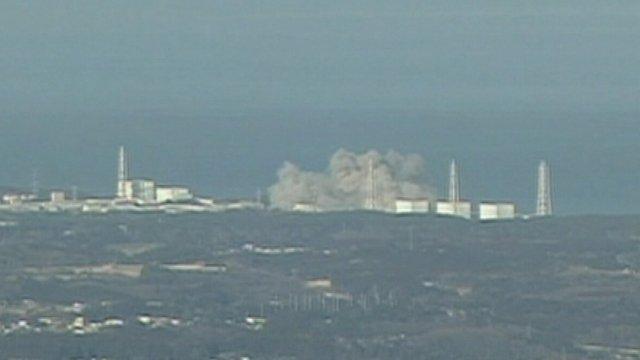 L'edizione serale dei Tg giapponesi danno informazioni sul rischio nucleare a Fukushima