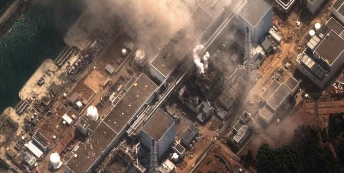 """""""I nostri reattori saranno migliori"""", la retorica del governo sulla crisi nucleare giapponese"""