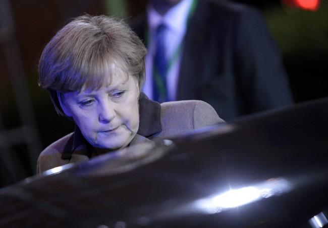 Germania, l'atomo affonda il governo Merkel