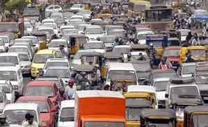 sorgenia traffico india 300x183 Clima, nel 2050 saremo più ricchi e più inquinati