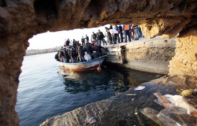 Voci dall'inferno lontano di Lampedusa