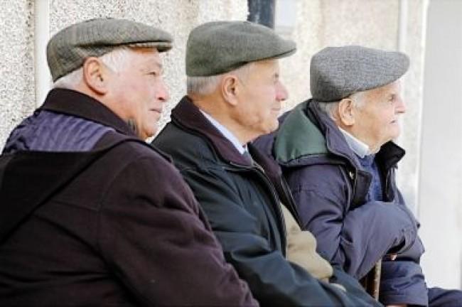 Pochi soldi per il sociale, troppi per le pensioni, così l'Italia si riscopre iniqua