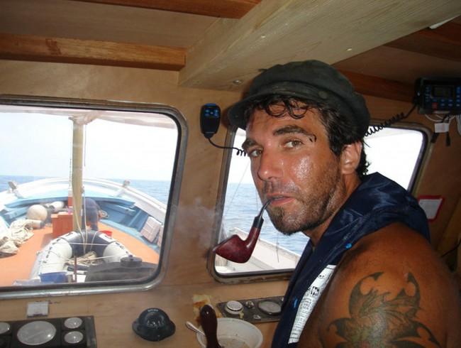 """""""Vik"""", ritratto di Vittorio Arrigoni"""