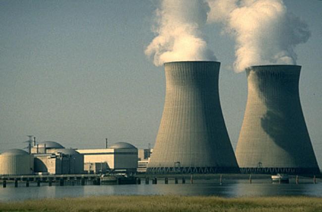 Stop del governo al nucleare, referendum a rischio