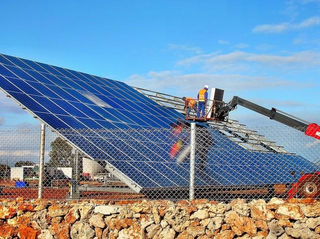 Decreto Rinnovabili: fotovoltaico a rischio, ognuno tifa per sè