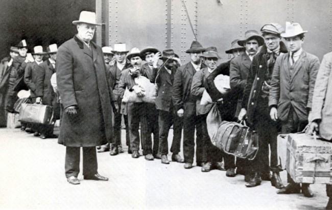 Italians – I nostri zii d'America: tra pregiudizi e Al Capone