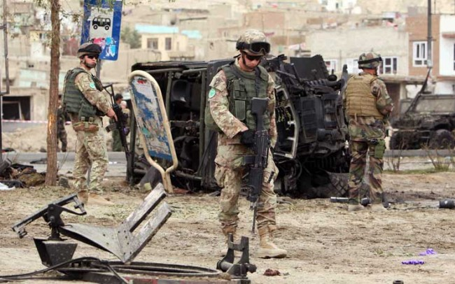 Soldati italiani sotto attacco in Afghanistan e la strana coincidenza con le elezioni