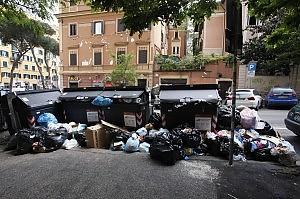 immondizia roma Roma come Napoli, quartieri invasi dalla monnezza