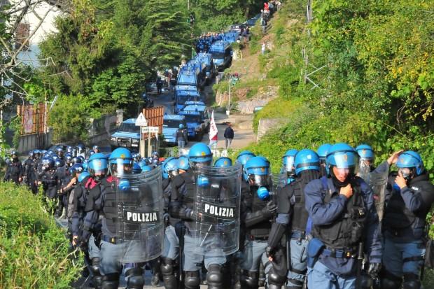 No Tav. Video della guerriglia e delle proteste in Val di Susa
