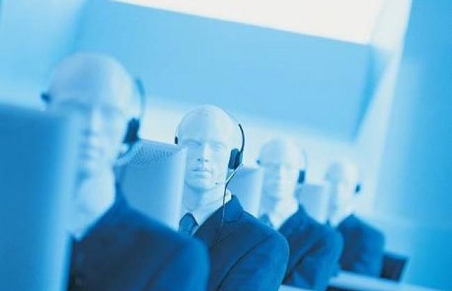 I call center come le fabbriche d'auto: chiudono in Italia, riaprono in Albania