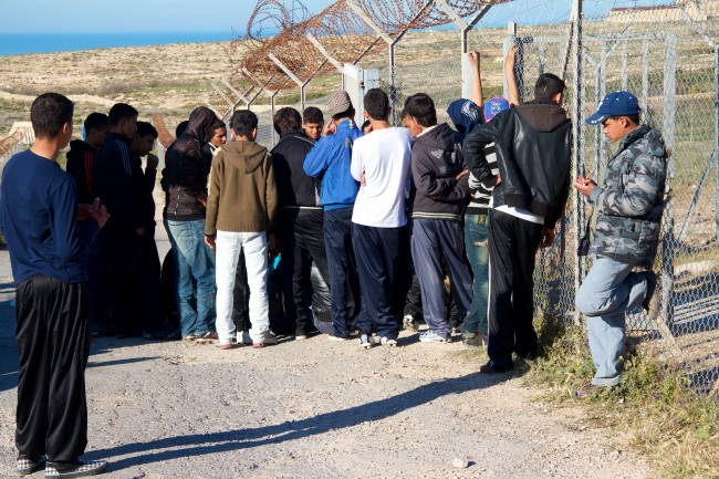 Il limbo senza fine dei piccoli migranti di Lampedusa