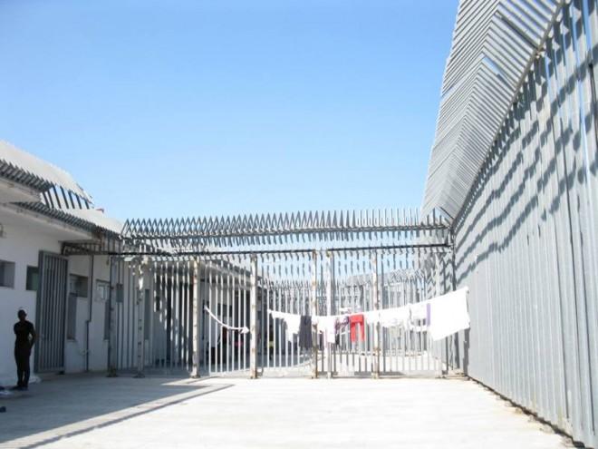 Carceri per clandestini, l'Italia li rinchiude un anno e mezzo nei Cie