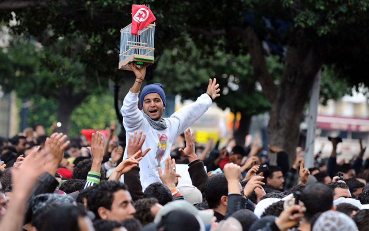 """Primavere arabe, la rivoluzione """"reale"""" diffusa grazie ai social network"""