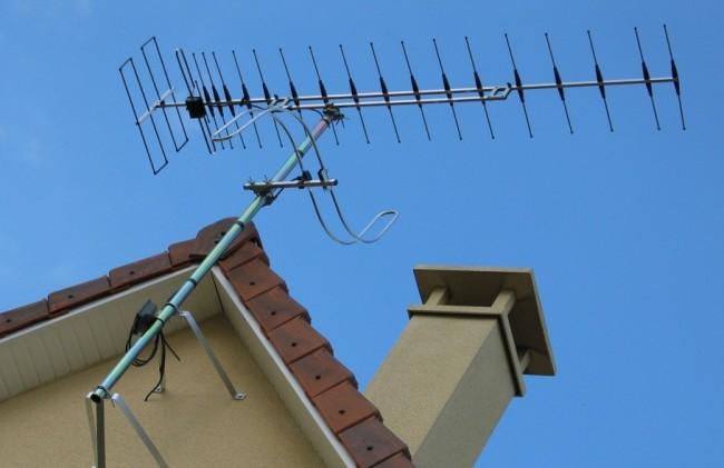Digitale terrestre, tagliate le frequenze per le tv locali