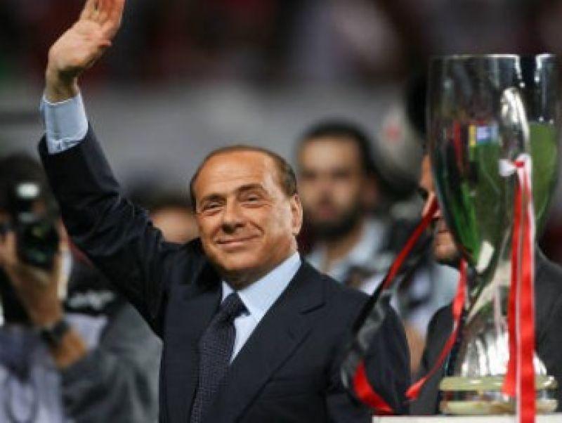 Vendita Milan: Berlusconi resta al timone, almeno per ora