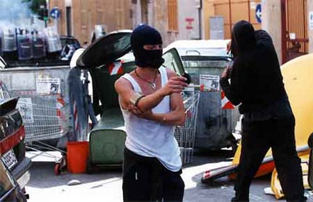 La videoinchiesta sul G8, dieci anni dopo. Una pagina nera di storia italiana
