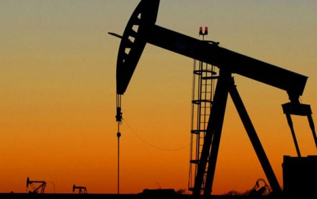 """Il governo di Gheddafi annuncia: """"basta petrolio all'Italia"""". Poi l'apertura a Francia e Stati Uniti"""