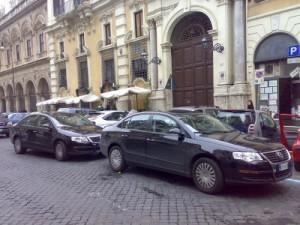 scorte 300x225 Lesercito dei sotto scorta, a Roma 300 auto e mille uomini impiegati ogni giorno