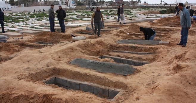 L'appello di Human Rights Watch alla Libia: «stop alle esumazioni dalle fosse comuni»