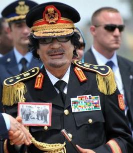 Gheddafi è morto, finisce il regime libico (video)