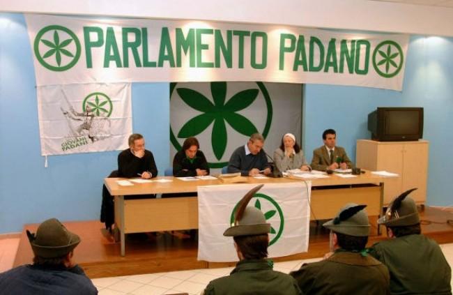 La Lega riapre il Parlamento Padano, ma vuole anche i ministeri italiani