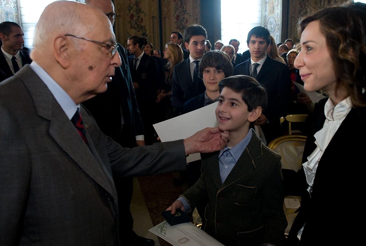 """Napolitano riceve i """"nuovi cittadini al Quirinale"""" – photogallery"""