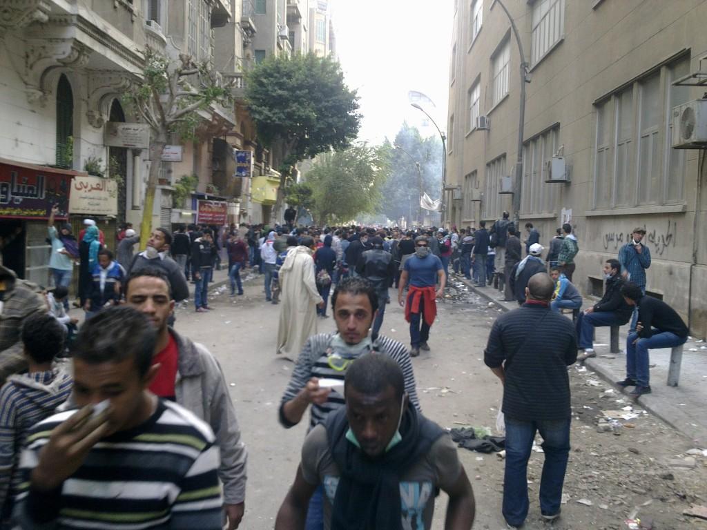 Piazza Tahrir, le immagini dei feriti e dei manifestanti