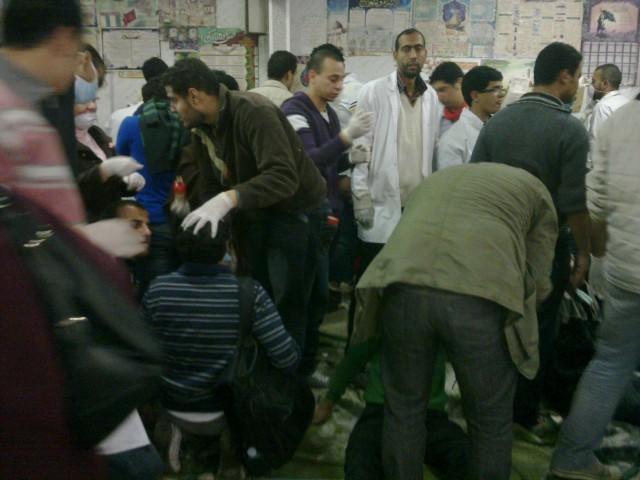 """La testimonianza: """"in piazza Tahrir almeno 50 morti. Gas letali sui manifestanti"""""""