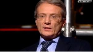 Gianni Dragoni parla dei super stipendi dei manager pubblici italiani – video