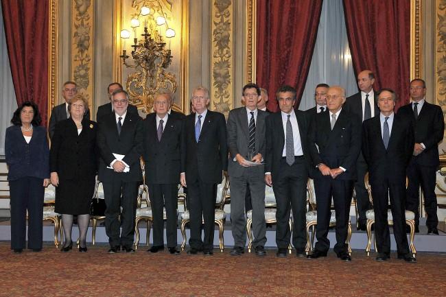 """""""Monti non è stato eletto dal popolo"""", dicono. Ma pochi conoscono la Costituzione"""