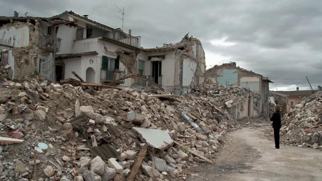 L'Aquila, il governo assicura: sulle tasse come nelle Marche e Umbria. Ma scoppia il caso D'Ercole