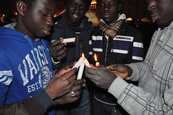 """Strage di Firenze, parla la comunità senegalese: """"Penalizzati perché più visibili, ma nessun razzismo"""""""