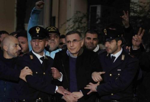 Arrestato Zagaria, il «re» dei Casalesi - Photogallery ...