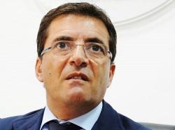 """Il futuro incerto di Nicola Cosentino. Un sussurro tra i banchi del PdL: """"dimissioni"""""""