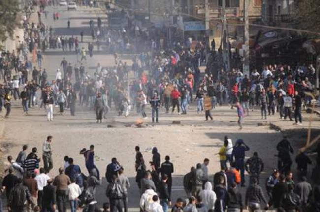Osservatori della Lega Araba in Siria, ma le stragi non si fermano